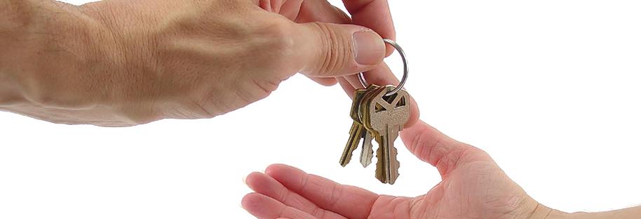 keys-in-hand